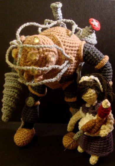 Games - Bioshock - Knitted Big Daddy and Little Sister