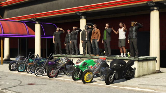 GTA V (GTA 5) Screenshots - Sandy Shores Crew Gathering