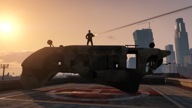 GTA V (GTA 5) Screenshots - Shooting From The Back Of a Broken Helicopter