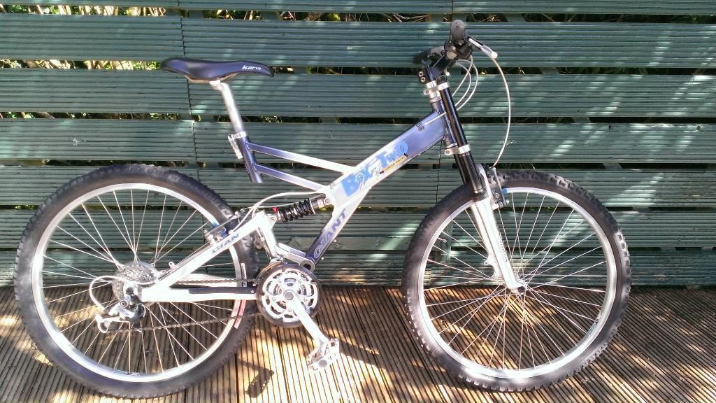 Giant Box Two Freeride Series Mountain Bike Blue, Dark Grey, Silver Frame